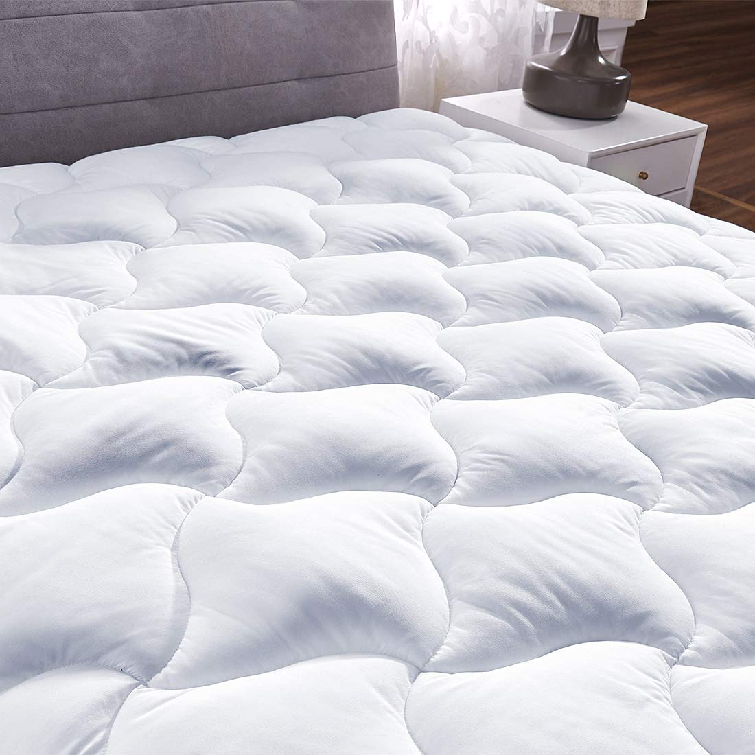 Quilted Fitted Mattress Pad Cover Pillowtop Overfilled Cooling 8-21 Inch Deep Pocket Bed Topper with Sonw Down Alternative (White, King)