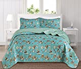 cape cod bedroom ideas Great Bay Home 3 Piece Quilt Set with Shams. Soft All-Season Microfiber Bedspread Featuring Attractive Seascape Images. The Seychelles Collection Brand. (Full/Queen)