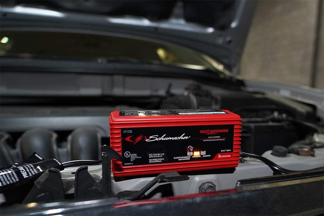 Schumacher SP1296 2A 6V//12V Battery Maintainer