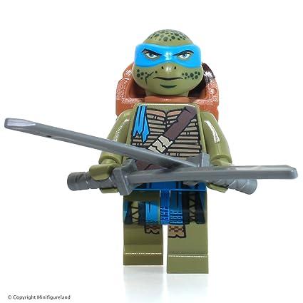LEGO Teenage Mutant Ninja Turtle Minifigure Leonardo with Scabbard (79117)