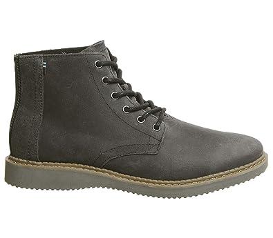 d181e116ba9 TOMS Men s Porter Water-Resistant Boot Black Leather 8 ...