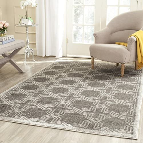 Safavieh Amherst Collection AMT413C Geometric Area Rug, 8 x 10 , Grey Light Grey