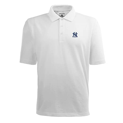 9ecb64595 Amazon.com : MLB Men's New York Yankees Pique Xtra Lite Desert Dry Polo :  Sports Fan Polo Shirts : Clothing