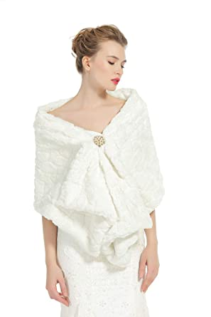 7d1494f115a Faux Fur Shawl Wedding Wrap Bridal Shrug Ivory Stole Winter Bridemaids  Cover Up Blocky Deep Ivory