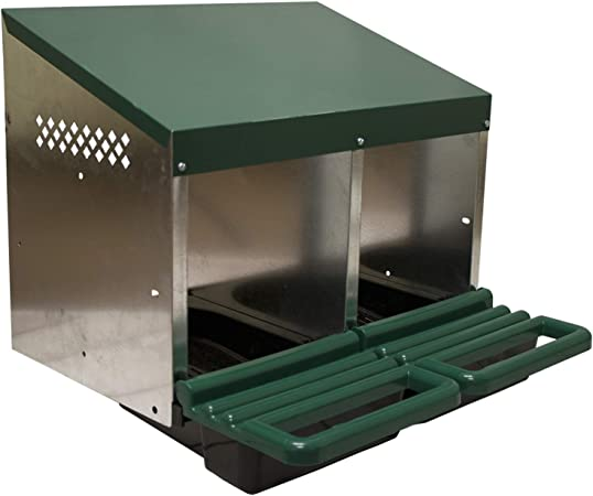 NEW  Roll Out Poultry Nesting Box for Chickens 3 Compartment 13 x 10 nest area