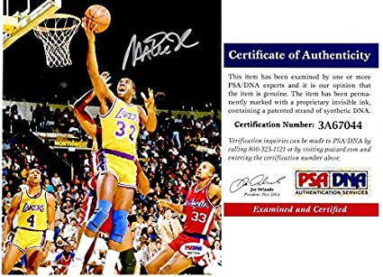 b8c0905c8 Magic Johnson Signed - Autographed Los Angeles Lakers 8x10 inch Photo with  PSA DNA Certificate
