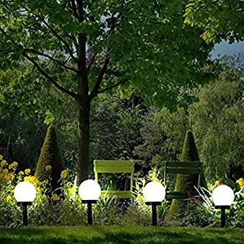 High Quality Garden Mile Solar Powered Ground Lights Super Bright Solar Globe Stake Outdoor  Lighting Set Fence Illumination