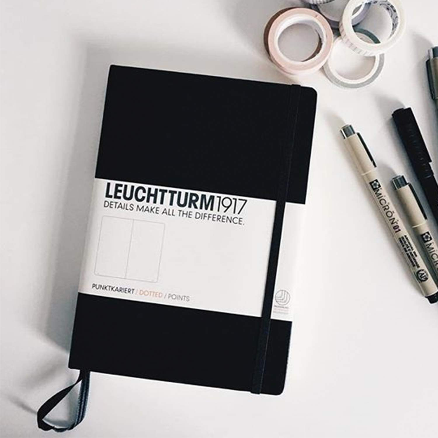 Leuchtturm1917 Medium A5 Dotted Hardcover Notebook (Black) - 249 Numbered Pages