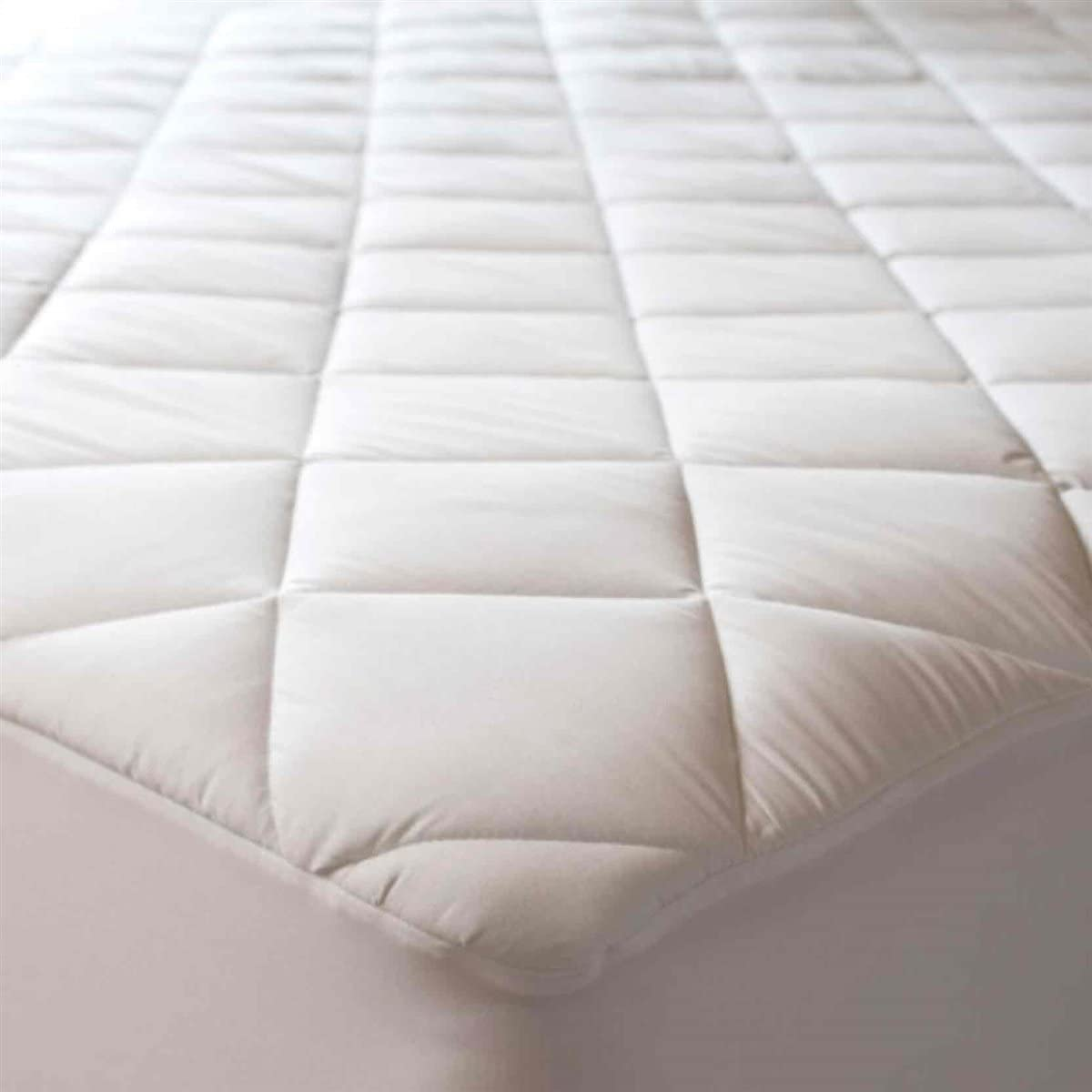 Abstract Quilted Mattress Pad White Fitted Waterproof Cotton Protector Cover 39 x 75 (Twin)