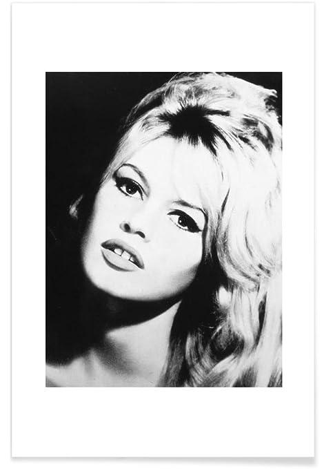 """JUNIQE® Posters 20x30cm Black & White Brigitte Bardot - Design """"Brigitte  Bardot"""" (Format: Portrait) - Pictures, Art prints & Prints by independent"""