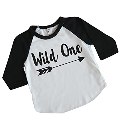 Amazon.com: Wild One Boy para Primer Cumpleaños de camisa ...