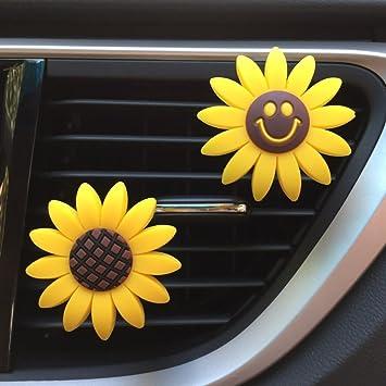Amazoncom INEBIZ Car Charm Cute Yellow Sunflower Car Interior Air