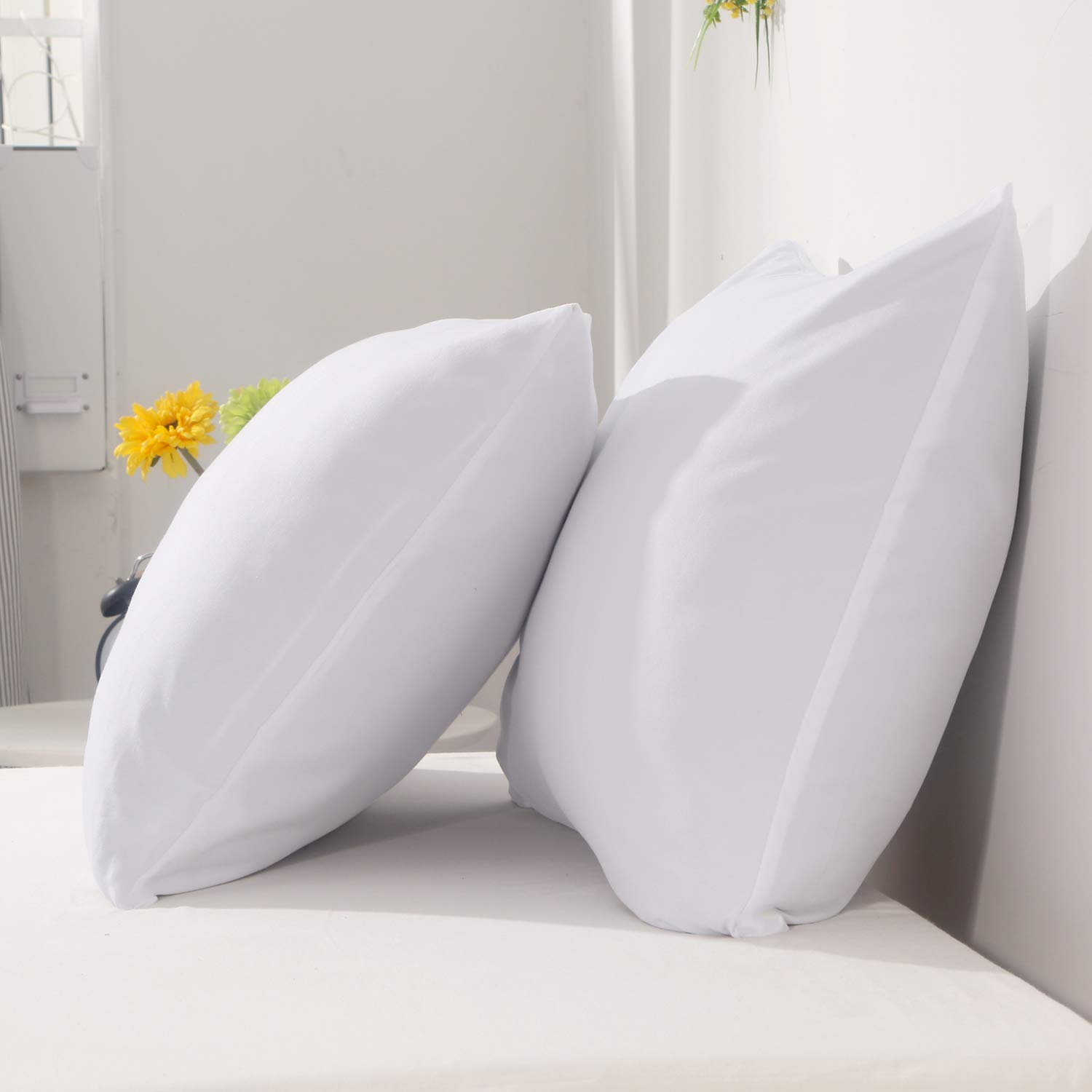 Solid White 20 x 30 inch Soft Comfortable Microfiber for Home Hotel Bed NANKO Queen Pillowcases 2 Pack,Bed Pillow Shams//Covers with Zipper