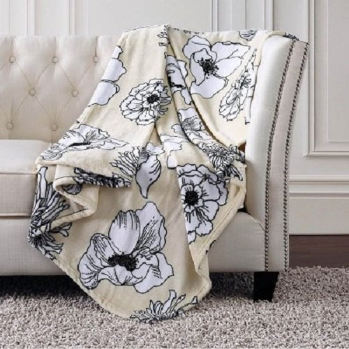 Christian Siriano Oversized Plush Throw 60'' x 70'' (Outline Floral) by Christian Siriano