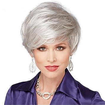 Las mujeres viejas de la Edad Media cortan la peluca de plata La fibra sintética gris