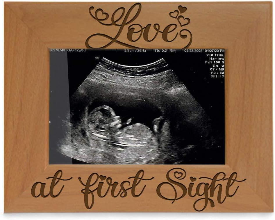 Kate Posh Marco de madera para ecografía Love at First Sight (3 1/2 x 5 horizontal)