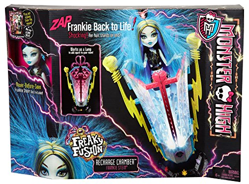 Interesting amazoncom monster high freaky fusion recharge chamber frankie stein doll and playset - Deco chambre monster high ...