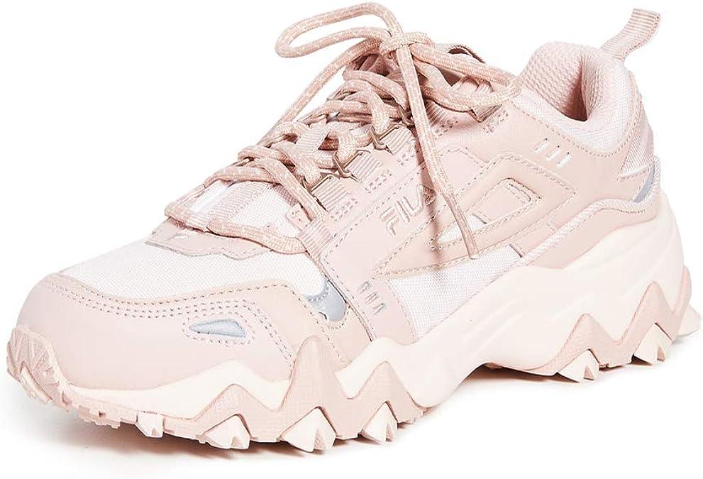 Fila Women's Oakmont TR Sneakers