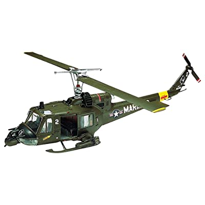 Revell 1:48 Huey Hog Helicopter Plastic Model Kit: Toys & Games