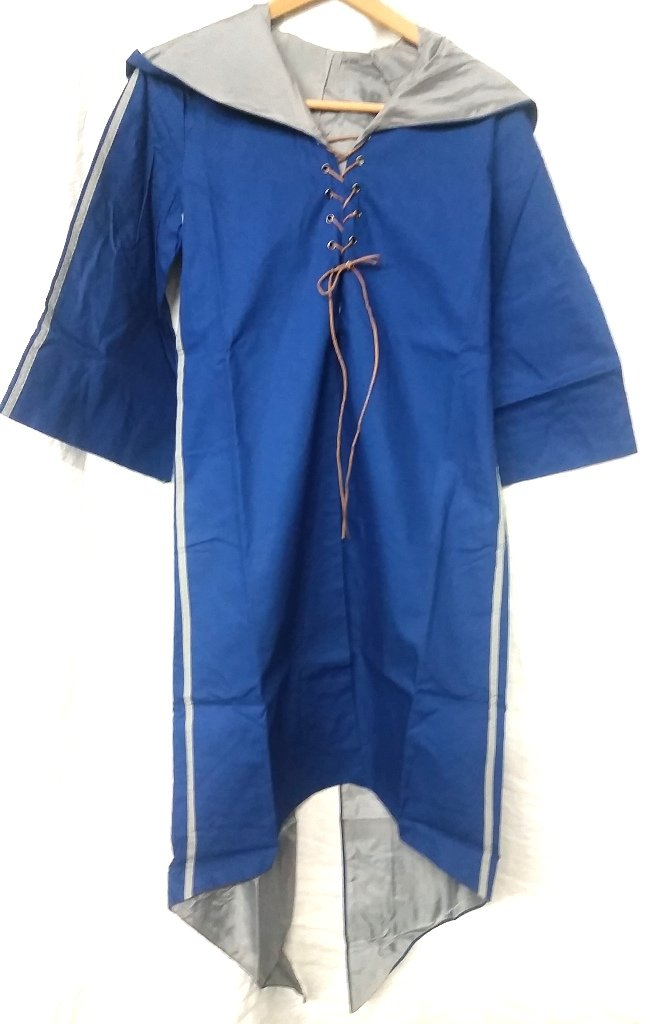 Harry Potter Quidditch Ravenclaw Robe Habber & Dasher Discontinued SIZE - YOUTH SMALL/MEDIUM