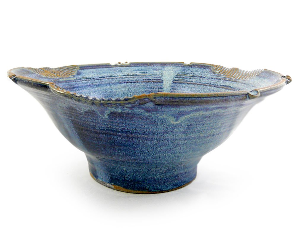 American Made 2.5 Quart Stoneware Pottery Serving Bowl, French Blue