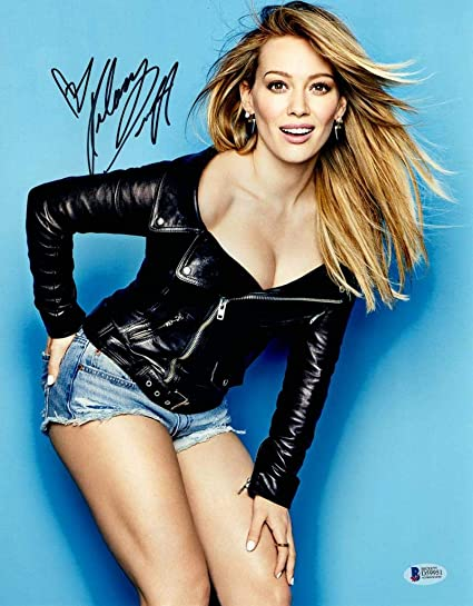 Hot Sexy Hilary Duff Signed 11x14 Photo Authentic Autograph