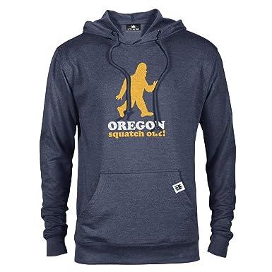 f8baf8759f7001 Amazon.com: Squatch Out Oregon | Unisex Hoodie: Clothing