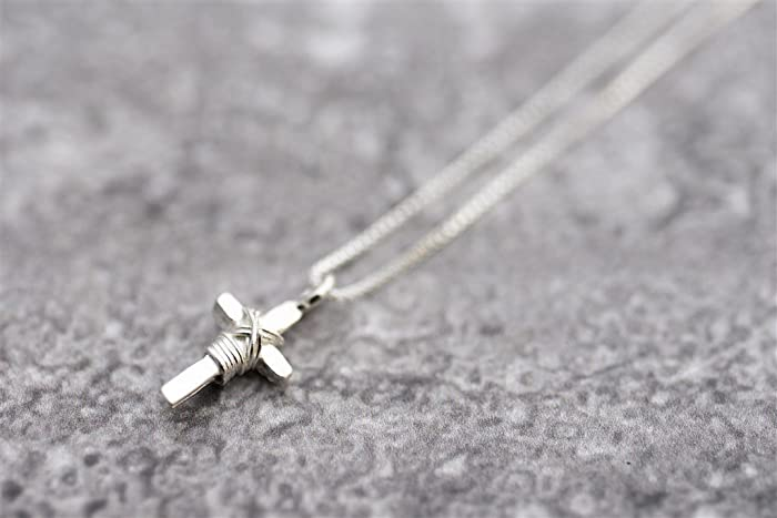 Sterling Silver Unisex Cross Necklace, Dainty Christian Pendant Chain  Necklace, Religious Jewelry, Handmade Designer