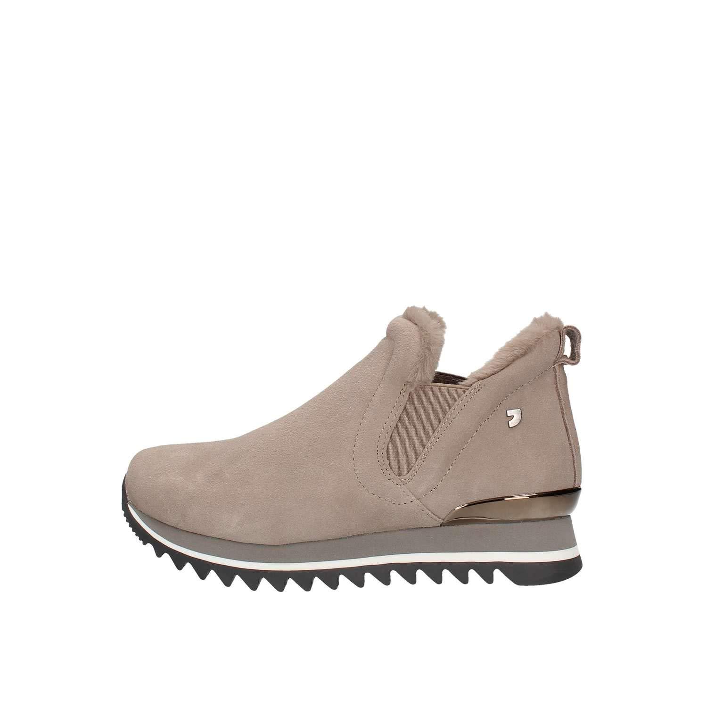 Las Zapatillas de Deporte de Mujer Beige GIOSEPPO 41099 Visten de Gamuza de Piel
