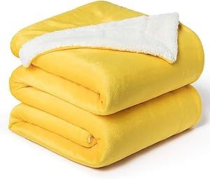 Bedsure Sherpa Fleece Blanket Queen Size(Not Electrical) Yellow Gold Mustard Golden Plush Blanket Fuzzy Soft Blanket Microfiber
