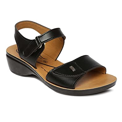 b0e6a5aa1464 PARAGON SOLEA Women s Black Sandals  Buy Online at Low Prices in ...