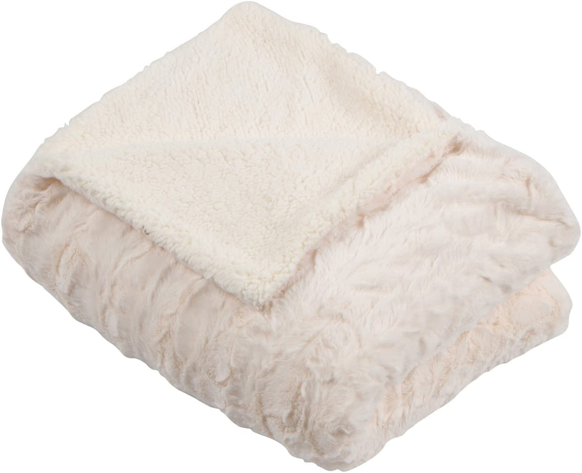 Amazon Com Slpr Faux Fur Plush Fleece Throw Blanket With White Sherpa 50 X 60 Ivory Soft Cream Throw For Couch Kitchen Dining