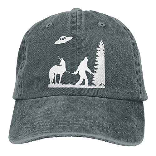 Men and Women Bigfoot Leading A Unicorn With UFO-1 Vintage Jeans Baseball Cap