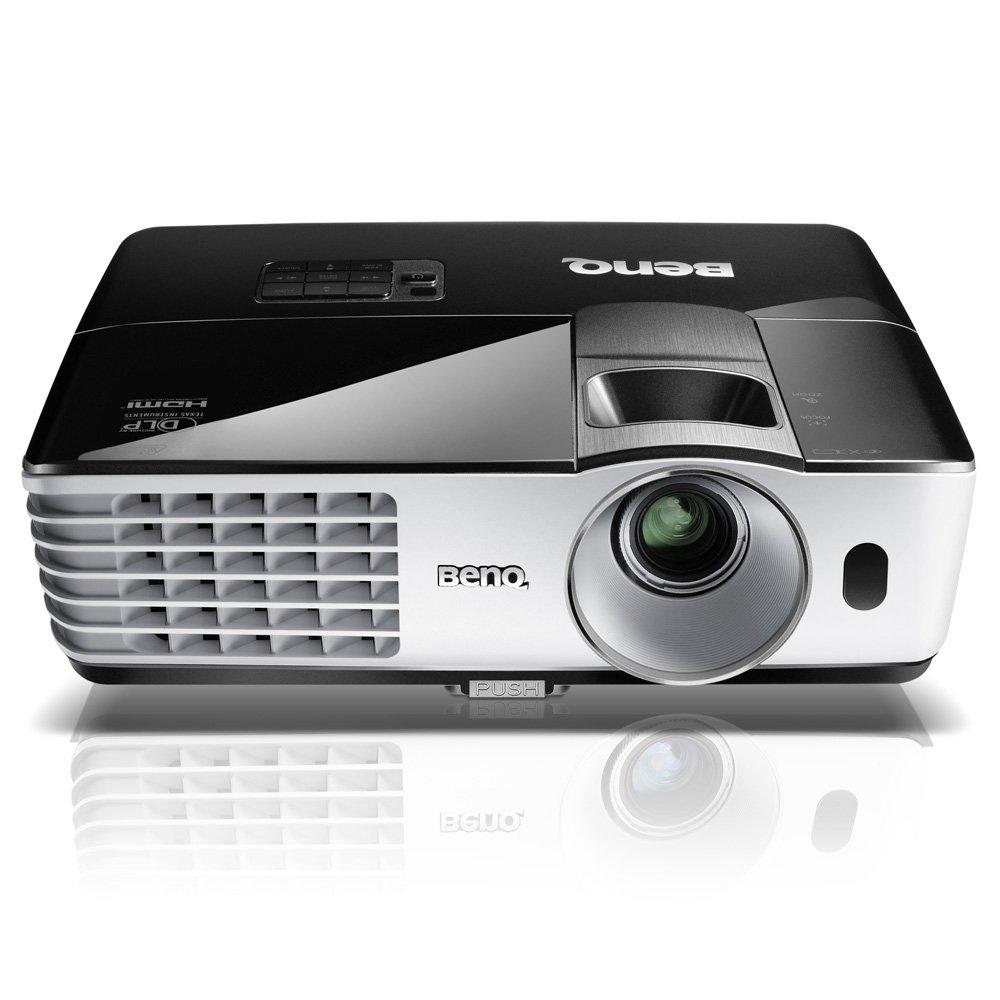 BenQ フルHDプロジェクター ホームモデル (3000lm/HDMI搭載/3D対応) TH681   B00J49VGW4