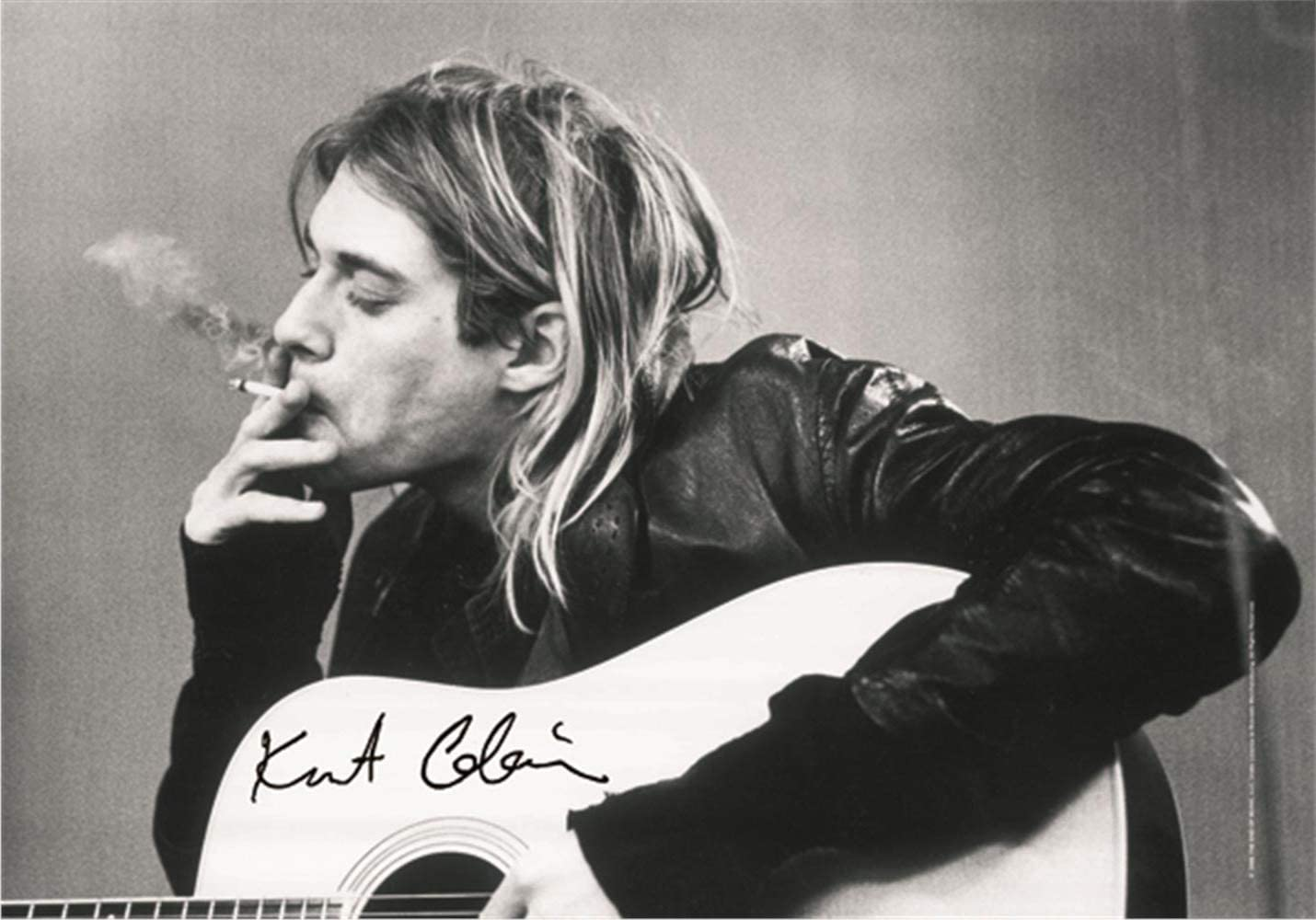 Heart Rock Licensed Bandera Kurt Cobain–B. & W Guitar, Tela, Multicolor, 110x 75x 0,1cm