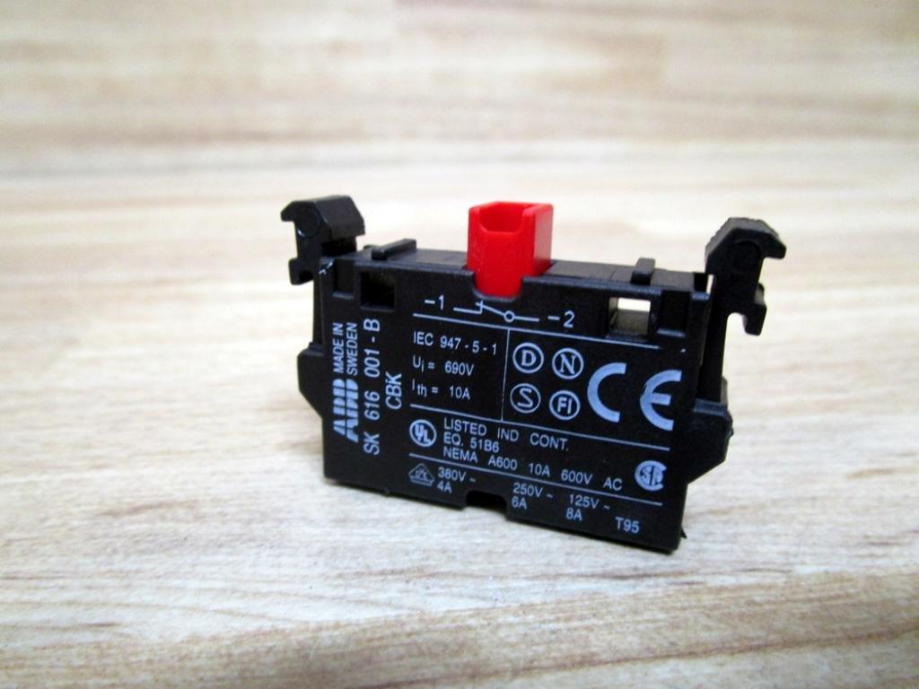 ABB SK-616-001-B Contact Block SK616001B
