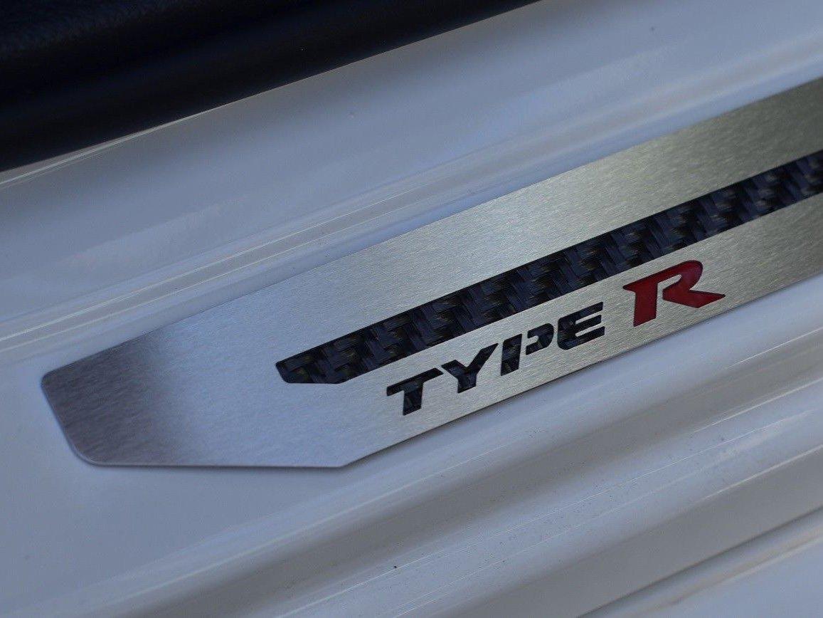Seuils De Porte en Acier pour Civic Type R V FK8-4 Pi/èces Inox Protegent Avec Style Le Bas De Porte Du Vehicule Protecteur Garnitures Bross/é Fait Sur Mesure
