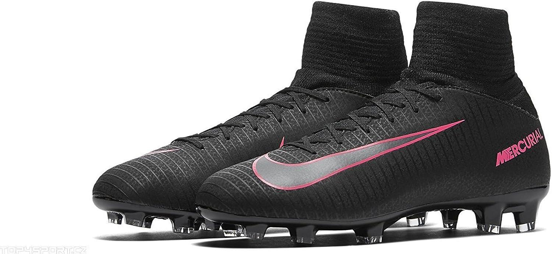 Recepción jugo Obstinado  Amazon.com | Nike Kids Mercurial Superfly V FG Black/Black/Pink Blast Shoes  - 4.5Y | Soccer