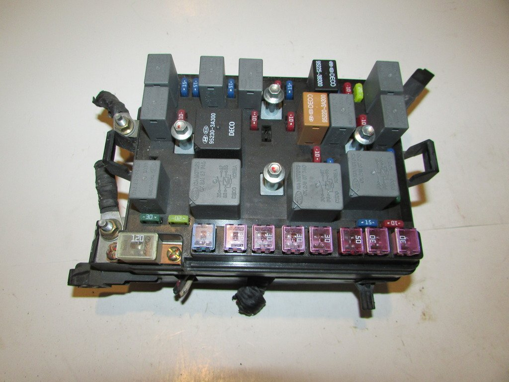 00 04 Kia Spectra 20l Sedan Under Hood Relay Fuse Box 02 Block Warranty 1917 Automotive