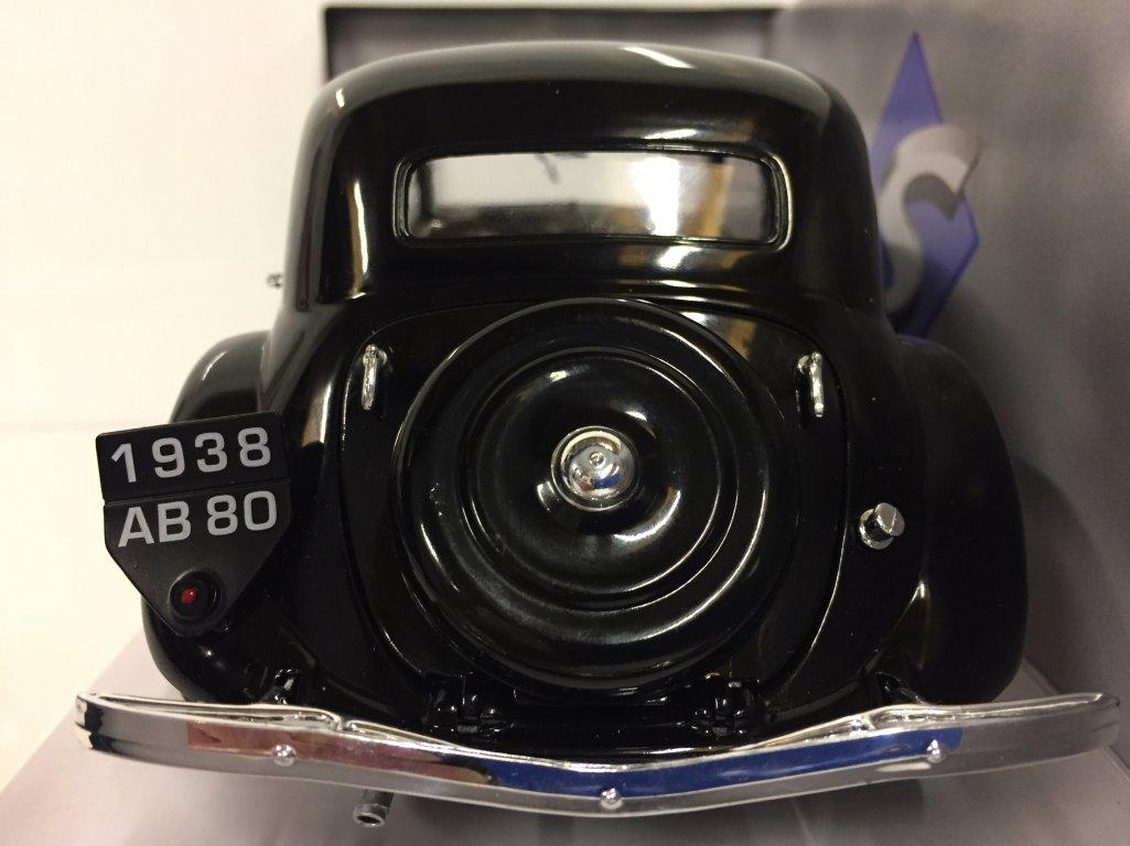 1800903 SOLIDO/ /trazione 11/CV/ /1937/Auto in Miniatura da Collezione Nero /Citroen/