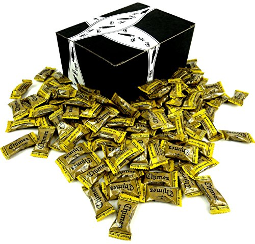 (Chimes Peanut Butter Ginger Chews, 2 lb Bag in a BlackTie Box)