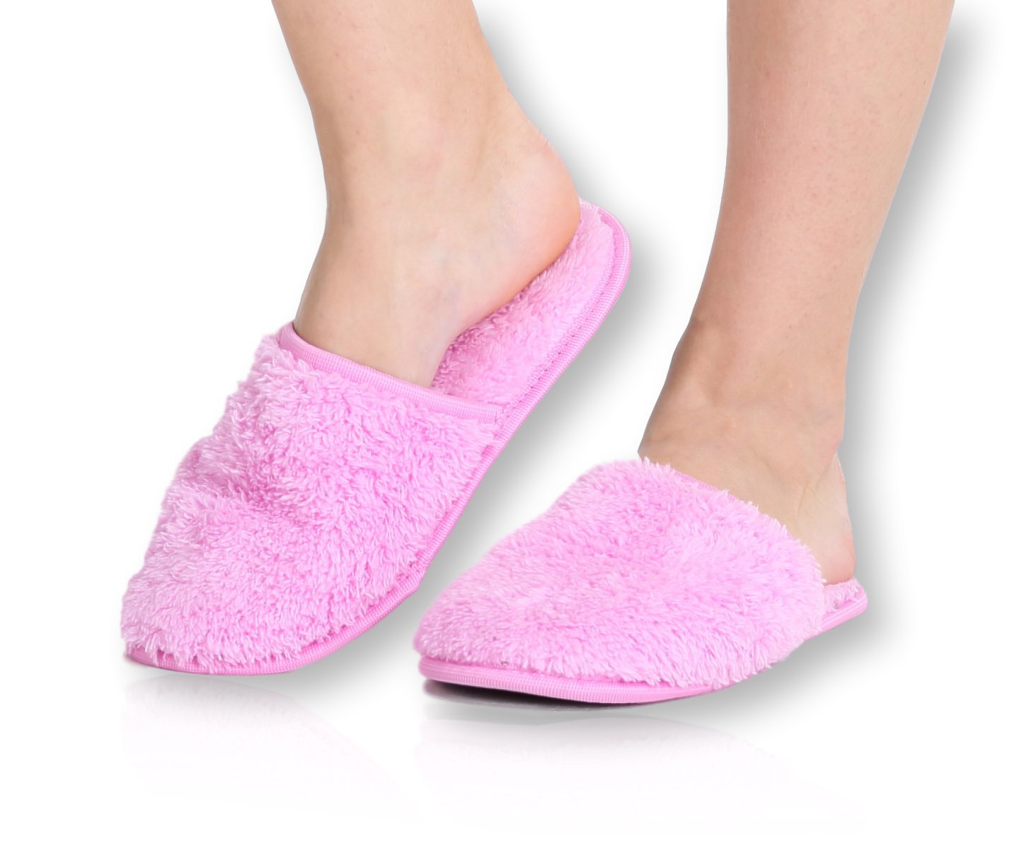 Pembrook Ladies Slippers With Memory Foam – Pink - S/M (6-8.5) – Fuzzy Soft Coral Fleece With Non Skid Sole – Great Plush Slip On House Slippers For Adults, Women, Girls