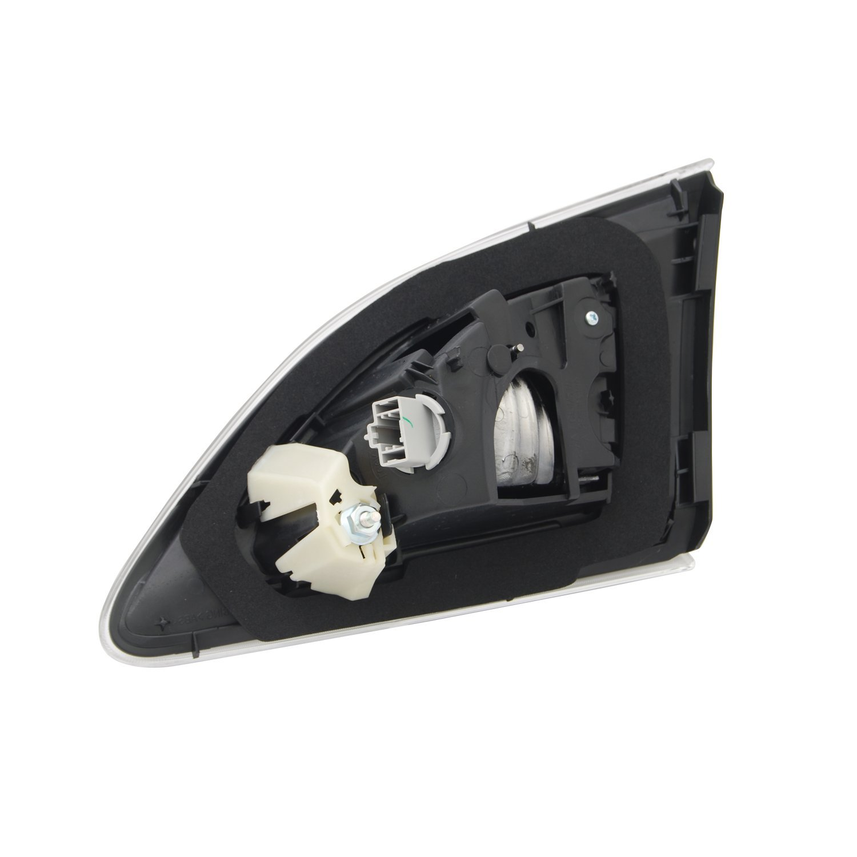 TYC 17-0267-00-1 Mazda3 Replacement Reflex Reflector