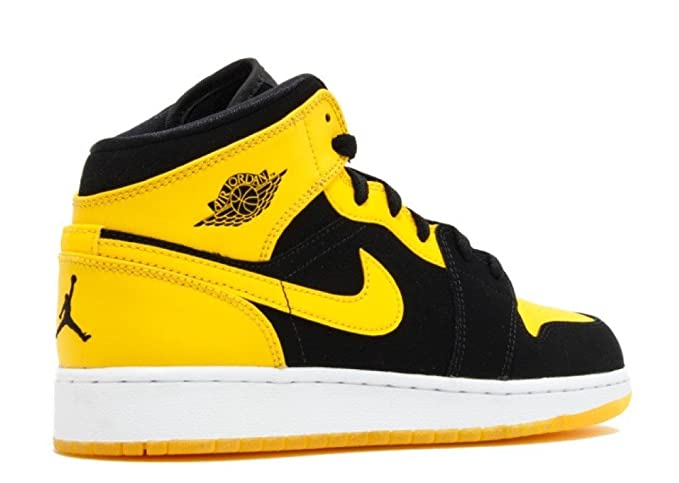 new arrival 9dfa9 c9872 NIKE AIR JORDAN 1 MID, 554725-035, Grau (Cool grey black), M  Amazon.de   Sport   Freizeit