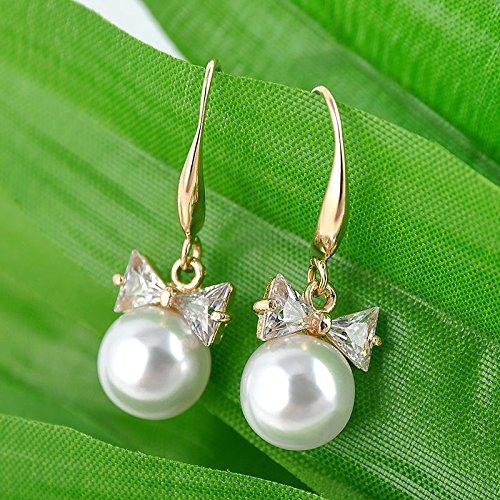 Women Pearl Lady Elegant 1 Pair Crystal Rhinestone Ear Stud Earrings Gift Gold. (Insert Fashion Ring)