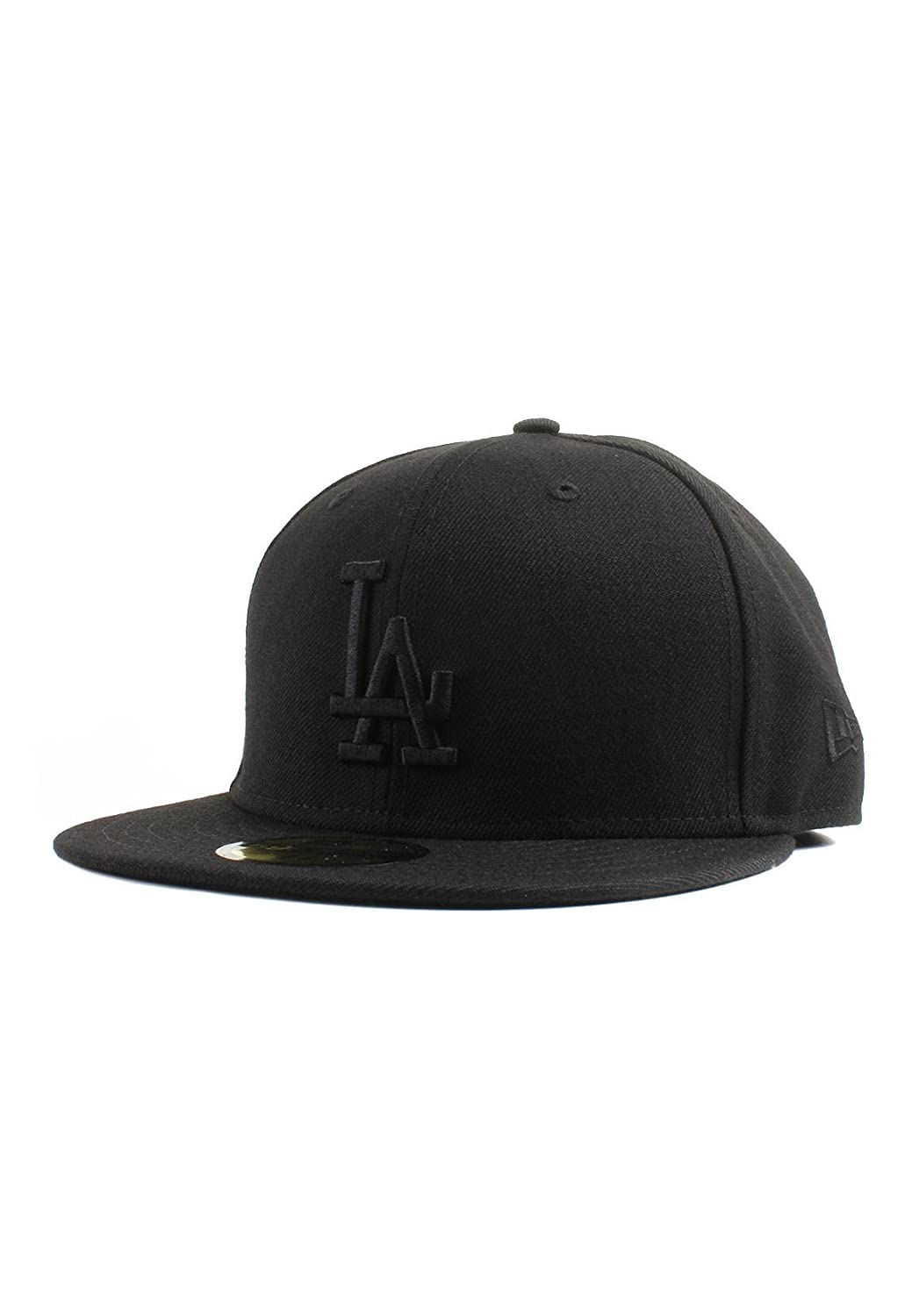 newest collection fc33b 66779 Amazon.com   New Era 59Fifty Los Angeles LA Dodgers Blackout Fitted Hat  (Black) Men s Cap   Sports   Outdoors