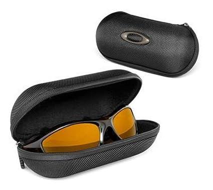 f6b0e93128e Oakley Unisex Large Soft Vault Sunglasses Case 07-025  Amazon.co.uk   Clothing