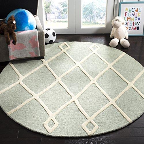 Safavieh Kids Collection SFK906M Handmade Mint Moroccan Wool Round Area Rug (5' in Diameter) ()