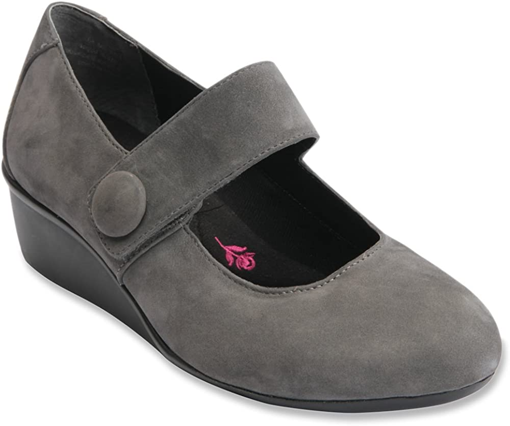 Ros Hommerson Womens Elsa Nubuck Loafers 73010