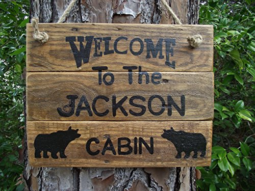 Personalized cabin name sign| custom cabin bear sign| rustic cabin sign| custom family cabin sign| welcome family cabin sign| Welcome bear custom sign| rustic cabin decor| rustic bear sign (Personalized Cabin)